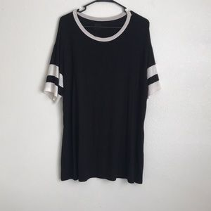 Sporty style long top from pacsun